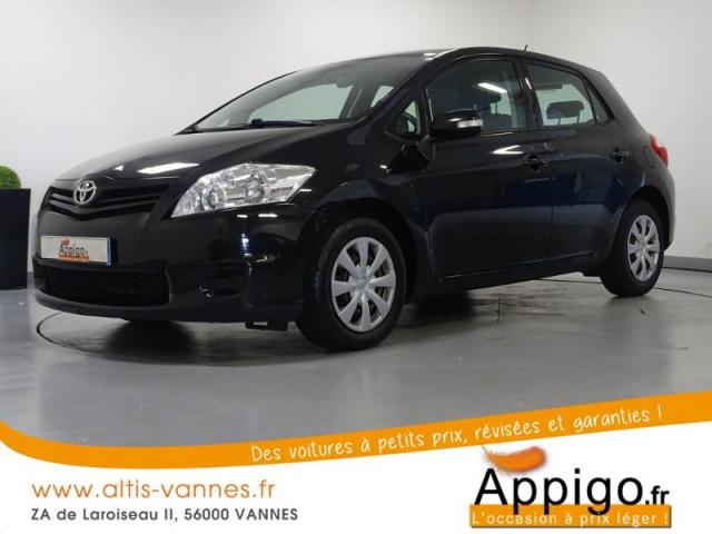 voiture occasion toyota auris 100 vvt i start stop dynamic. Black Bedroom Furniture Sets. Home Design Ideas