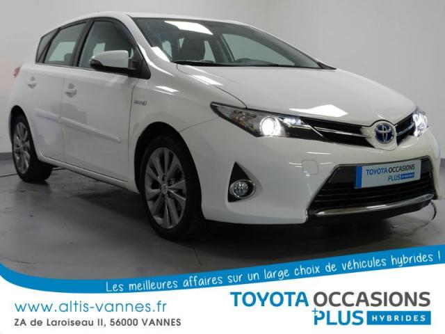 voiture occasion toyota auris hsd 136h dynamic 2014 hybride 56000 vannes morbihan votreautofacile. Black Bedroom Furniture Sets. Home Design Ideas