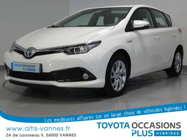 voiture occasion toyota auris hsd 136h dynamic 2015 hybride 56000 vannes morbihan votreautofacile. Black Bedroom Furniture Sets. Home Design Ideas