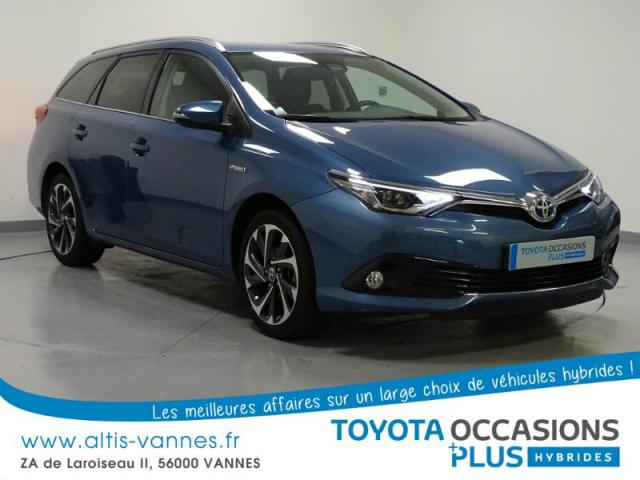 voiture occasion toyota auris hsd 136h design 2015 hybride 56000 vannes morbihan votreautofacile. Black Bedroom Furniture Sets. Home Design Ideas