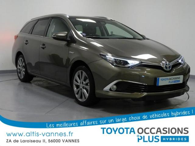 voiture occasion toyota auris hsd 136h executive 2016 hybride 56000 vannes morbihan. Black Bedroom Furniture Sets. Home Design Ideas