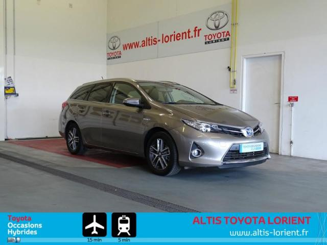 voiture occasion toyota auris hsd 136h skyblue 2015 hybride 56600 lanester morbihan. Black Bedroom Furniture Sets. Home Design Ideas
