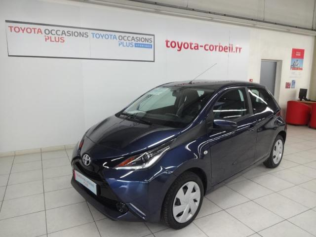 voiture occasion toyota aygo 1 0 vvt i 69ch x play 5p 2015 essence 91100 corbeil essonnes. Black Bedroom Furniture Sets. Home Design Ideas