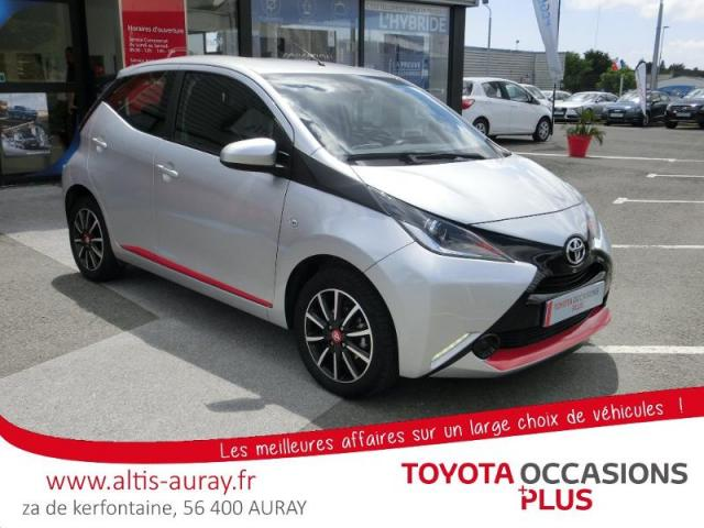 voiture occasion toyota aygo 1 0 vvt i 69ch x play 5p 2016. Black Bedroom Furniture Sets. Home Design Ideas