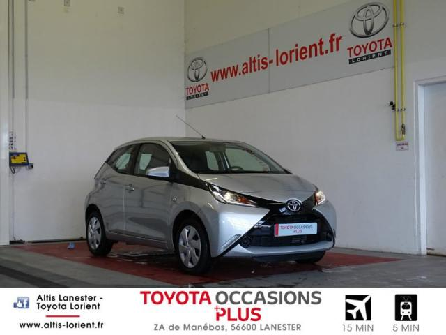 voiture occasion toyota aygo 1 0 vvt i 69ch x play 5p 2018. Black Bedroom Furniture Sets. Home Design Ideas