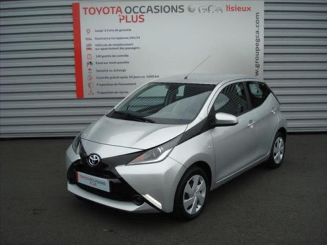 voiture occasion toyota aygo 1 0 vvt i 69ch x play 5p 2018 essence 14100 glos calvados. Black Bedroom Furniture Sets. Home Design Ideas