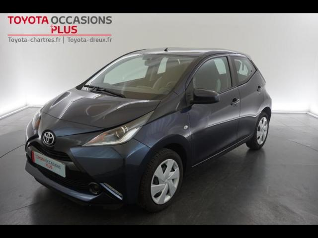 voiture occasion toyota aygo 1 0 vvt i 69ch x play x shift 5p 2015 essence 28110 luc eure et. Black Bedroom Furniture Sets. Home Design Ideas
