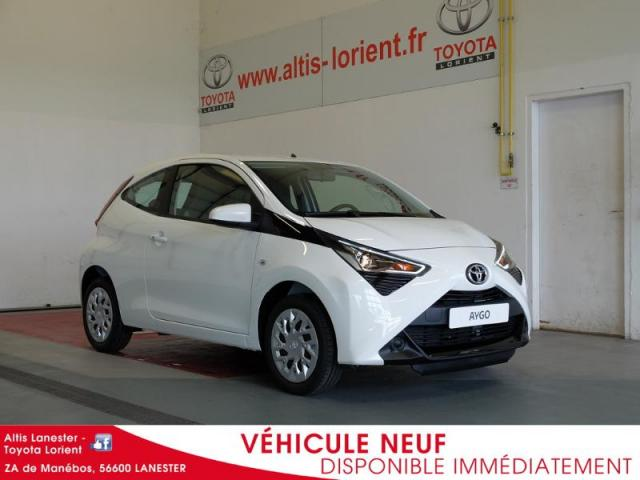 voiture occasion toyota aygo 1 0 vvt i 72ch x play 3p 2018 essence 56600 lanester morbihan. Black Bedroom Furniture Sets. Home Design Ideas
