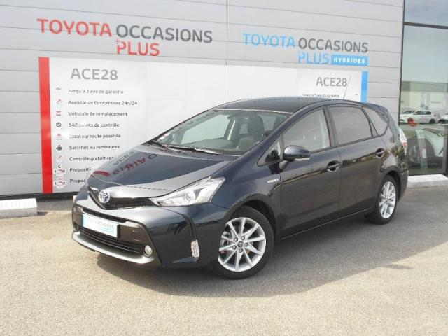 voiture occasion toyota prius 136h skyview 2017 hybride 28500 vernouillet eure et loir. Black Bedroom Furniture Sets. Home Design Ideas