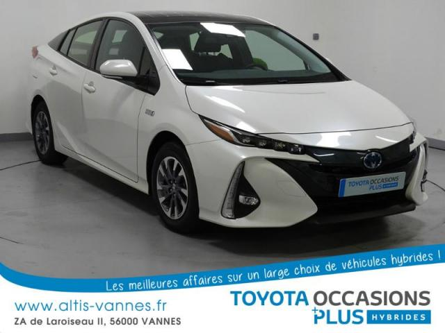 voiture occasion toyota prius 122h solar 2017 hybride. Black Bedroom Furniture Sets. Home Design Ideas