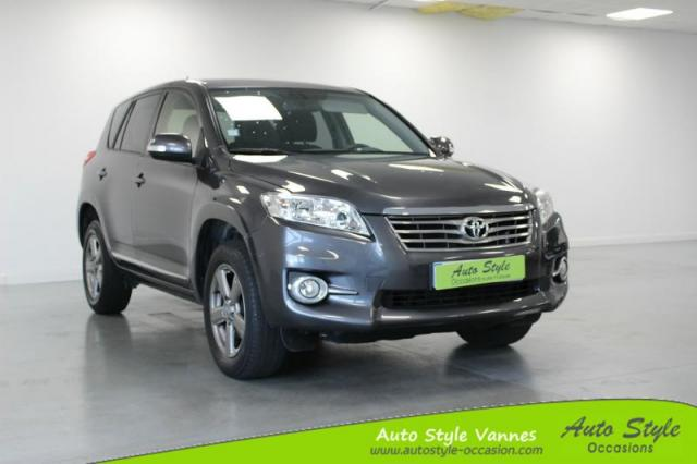 voiture occasion toyota rav4 150 d 4d fap life 2wd 2012 2012 diesel 56450 theix morbihan. Black Bedroom Furniture Sets. Home Design Ideas