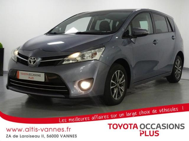 voiture occasion toyota verso 124 d 4d skyview 7 places 2013 diesel 56000 vannes morbihan. Black Bedroom Furniture Sets. Home Design Ideas