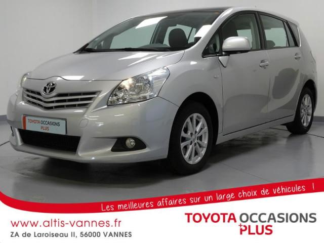 voiture occasion toyota verso 126 d 4d fap skyview connect 7 places 2011 diesel 56000 vannes. Black Bedroom Furniture Sets. Home Design Ideas