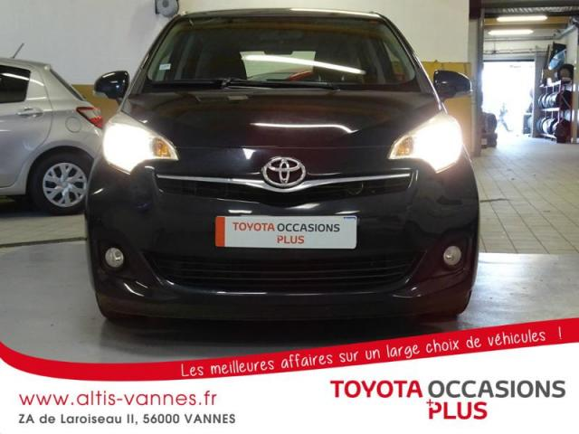 voiture occasion toyota verso 100 vvt i dynamic 2011 essence 56000 vannes morbihan votreautofacile. Black Bedroom Furniture Sets. Home Design Ideas