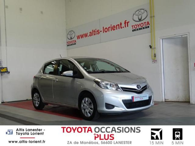 voiture occasion toyota yaris 100 vvt i dynamic cvt 5p 2011 essence 56600 lanester morbihan. Black Bedroom Furniture Sets. Home Design Ideas