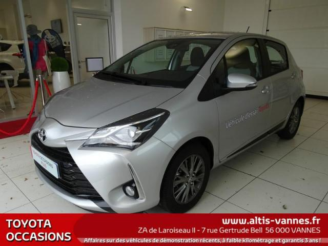 voiture occasion toyota yaris 100 vvt i dynamic cvt 5p 2017 essence 56000 vannes morbihan. Black Bedroom Furniture Sets. Home Design Ideas