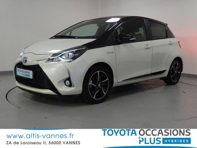 voiture occasion toyota yaris 100h collection 5p 2018 hybride 56000 vannes morbihan. Black Bedroom Furniture Sets. Home Design Ideas