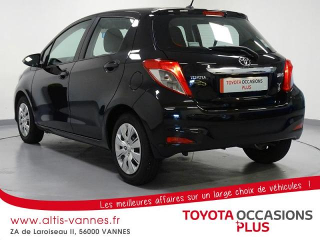 voiture occasion toyota yaris 69 vvt i dynamic 5p 2012. Black Bedroom Furniture Sets. Home Design Ideas