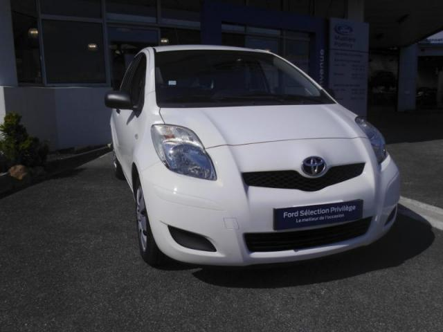 voiture occasion toyota yaris 90 d 4d in 5p 2010 diesel 56300 pontivy morbihan votreautofacile. Black Bedroom Furniture Sets. Home Design Ideas