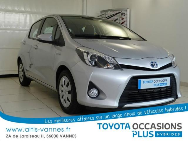 voiture occasion toyota yaris hsd 100h dynamic 5p 2014 hybride 56000 vannes morbihan. Black Bedroom Furniture Sets. Home Design Ideas