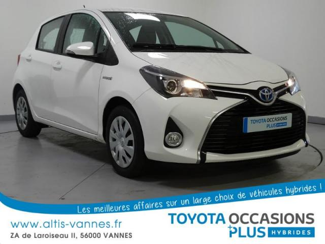 voiture occasion toyota yaris hsd h d100ynamic 5p 2015 hybride 56000 vannes morbihan. Black Bedroom Furniture Sets. Home Design Ideas