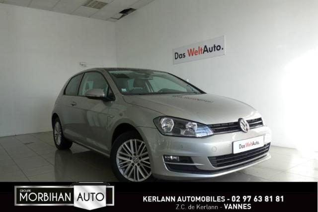 voiture occasion volkswagen golf 1 4 tsi 122ch bluemotion technology cup dsg7 3p 2014 essence. Black Bedroom Furniture Sets. Home Design Ideas