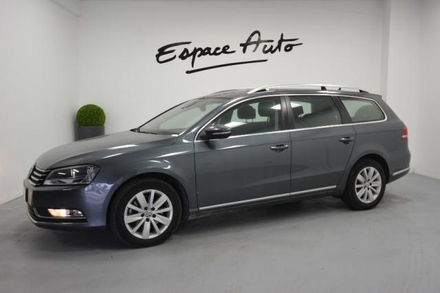 voiture occasion volkswagen passat sw 2 0 tdi 140ch bluemotion technology fap confortline. Black Bedroom Furniture Sets. Home Design Ideas