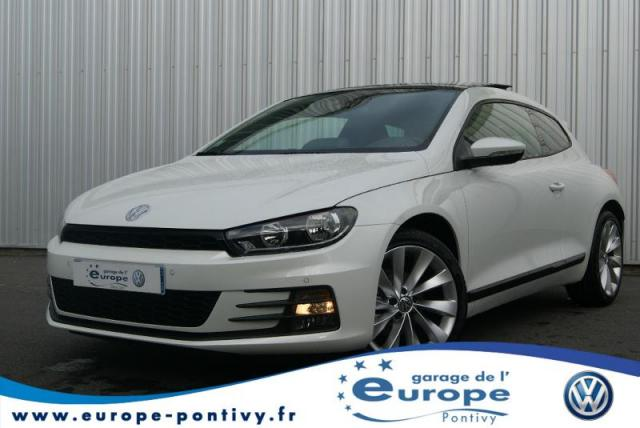 voiture occasion volkswagen scirocco 2 0 tdi 150ch bluemotion technology fap sportline 2014. Black Bedroom Furniture Sets. Home Design Ideas