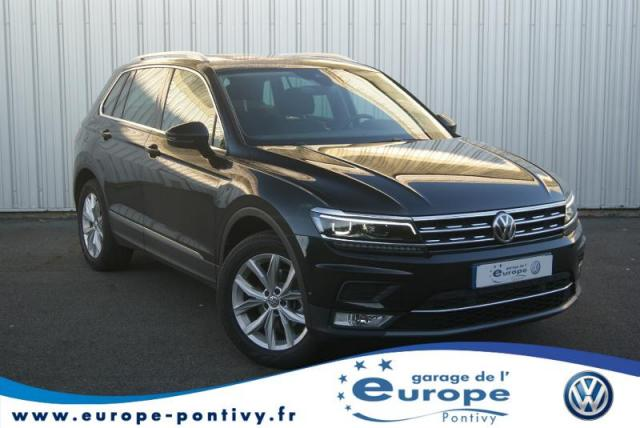 voiture occasion volkswagen tiguan 2 0 tdi 150ch bluemotion technology carat 2017 diesel 56300. Black Bedroom Furniture Sets. Home Design Ideas