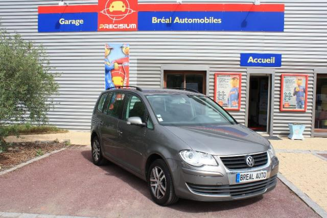 voiture occasion volkswagen touran 1 4 tsi 140ch confort 2006 essence 35310 br al sous montfort. Black Bedroom Furniture Sets. Home Design Ideas