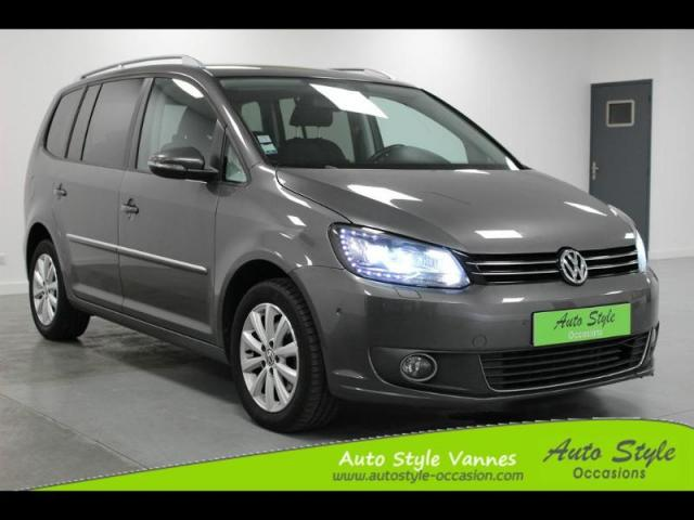 voiture occasion volkswagen touran 1 6 tdi 105ch bluemotion technology fap carat 2011 diesel. Black Bedroom Furniture Sets. Home Design Ideas