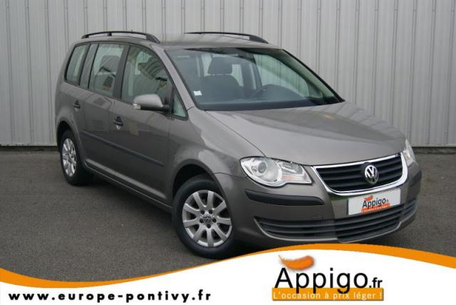 voiture occasion volkswagen touran 1 9 tdi 90ch concept 2 2009 diesel 56300 pontivy morbihan. Black Bedroom Furniture Sets. Home Design Ideas