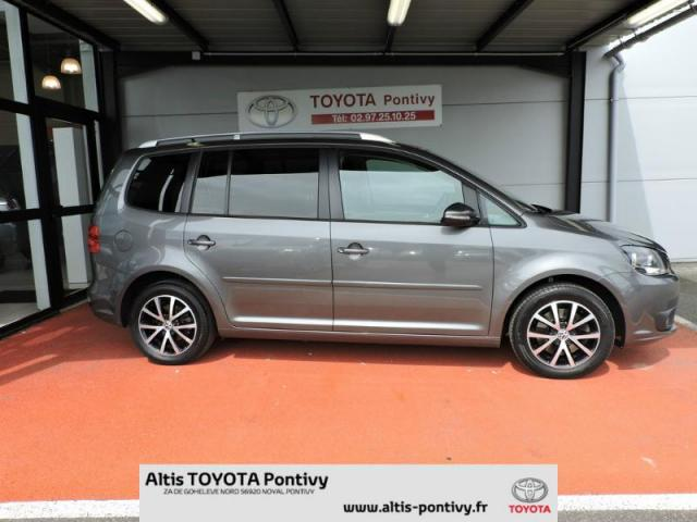 voiture occasion volkswagen touran 2 0 tdi 140ch fap confortline 2011 diesel 56920 noyal pontivy. Black Bedroom Furniture Sets. Home Design Ideas