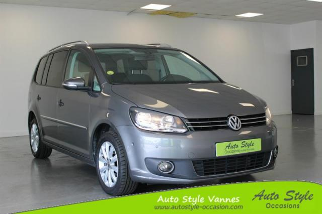 voiture occasion volkswagen touran 2 0 tdi 140ch fap confortline dsg6 2013 diesel 56450 theix. Black Bedroom Furniture Sets. Home Design Ideas