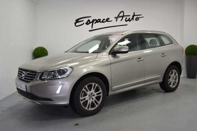 voiture occasion volvo xc60 d4 181ch start stop summum 2014 diesel 29000 quimper finist re. Black Bedroom Furniture Sets. Home Design Ideas