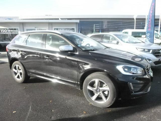 voiture occasion volvo xc60 d5 awd 220ch r design geartronic 2016 diesel 44600 saint nazaire. Black Bedroom Furniture Sets. Home Design Ideas