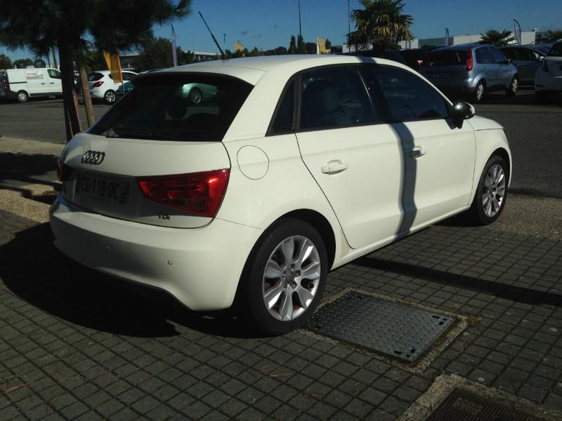 voiture occasion audi a1 1 6 tdi 90ch fap ambition luxe s tronic 7 2012 diesel 44600 saint. Black Bedroom Furniture Sets. Home Design Ideas