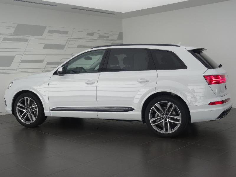 voiture occasion audi q7 3 0 v6 tdi 272ch clean diesel avus extended quattro tiptronic 5 places. Black Bedroom Furniture Sets. Home Design Ideas
