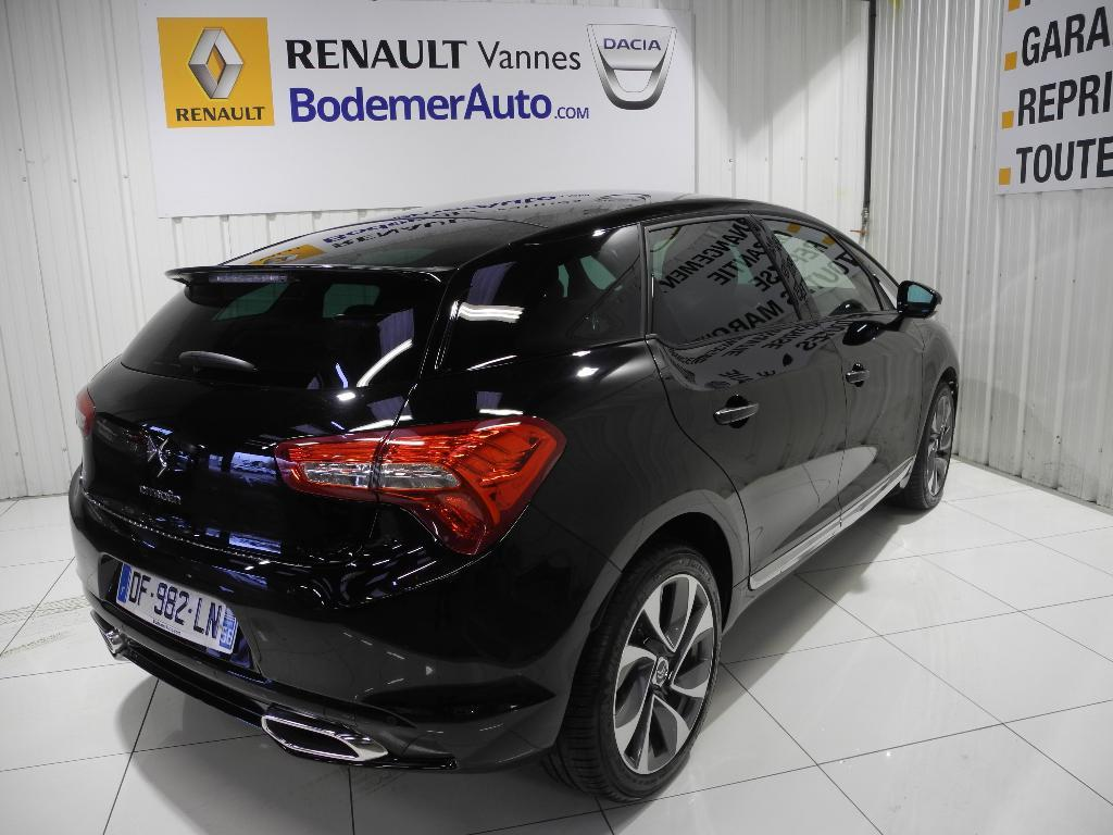 voiture occasion citroen ds5 bluehdi 180 sport chic a 2014. Black Bedroom Furniture Sets. Home Design Ideas