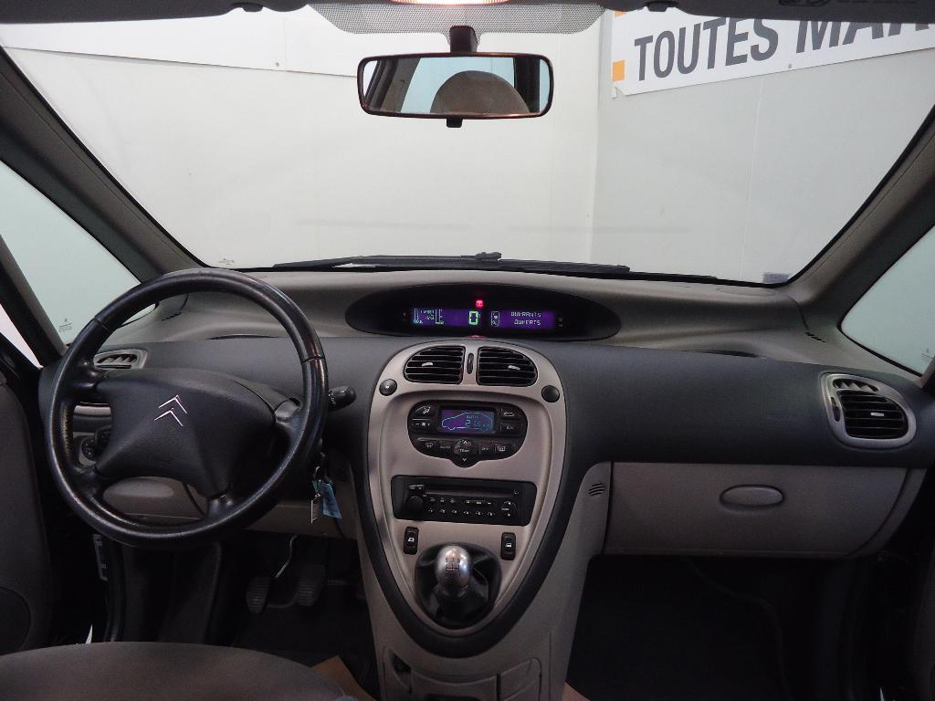 voiture occasion citroen xsara picasso 1 6 hdi 92 collection 2006 diesel 50000 saint l manche. Black Bedroom Furniture Sets. Home Design Ideas