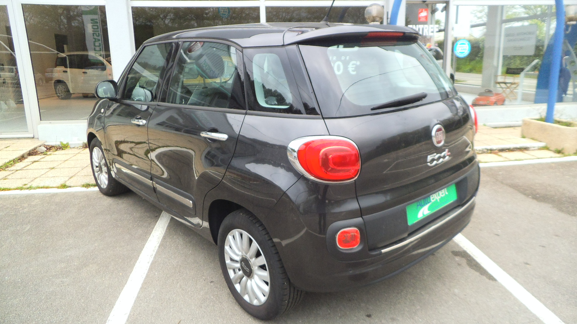 voiture occasion fiat 500 l 1 3 mjt 85ch easy 2014 diesel. Black Bedroom Furniture Sets. Home Design Ideas