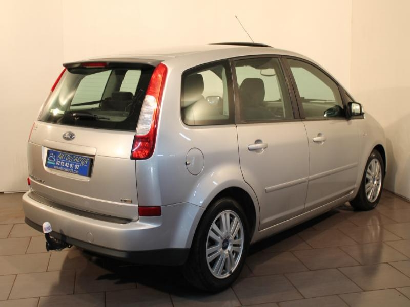 Voiture occasion ford c max 1 8 tdci ghia 115 2006 diesel for Garage ford finistere