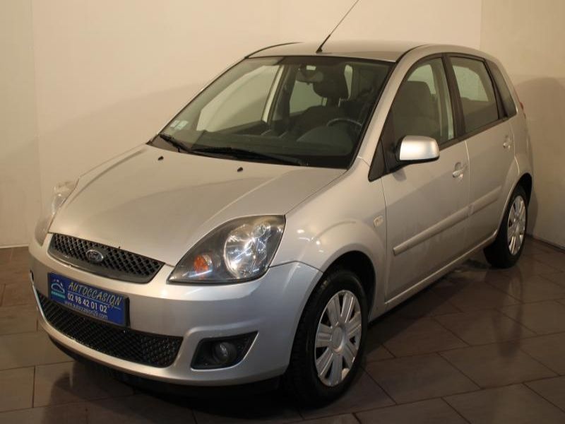 voiture occasion ford fiesta 1 4 tdci 68 senso 2008 diesel 29200 brest finist re votreautofacile. Black Bedroom Furniture Sets. Home Design Ideas