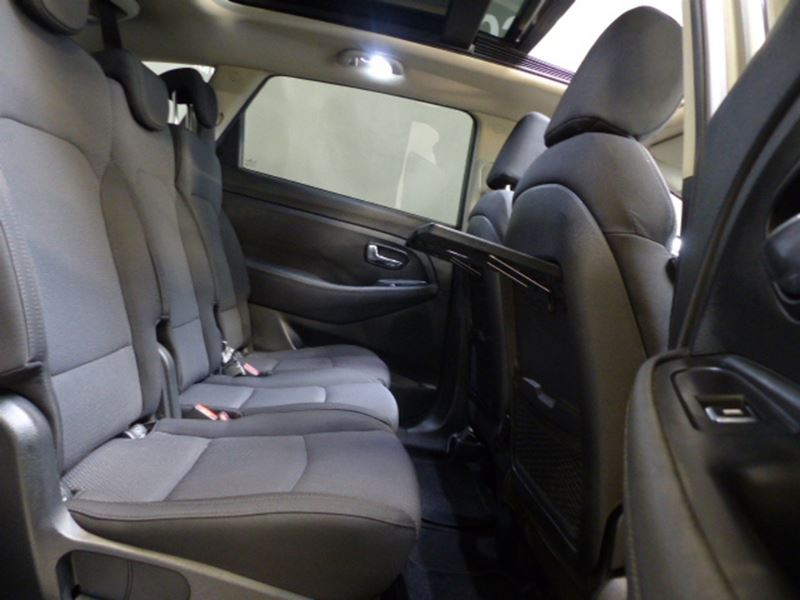 voiture occasion kia carens 1 7 crdi 115ch active isg 7. Black Bedroom Furniture Sets. Home Design Ideas