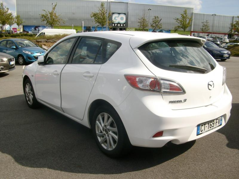 voiture occasion mazda 3 confort diesel 115 2013 diesel. Black Bedroom Furniture Sets. Home Design Ideas