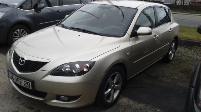 voiture occasion mazda 3 l gance 2006 diesel 29200 brest. Black Bedroom Furniture Sets. Home Design Ideas