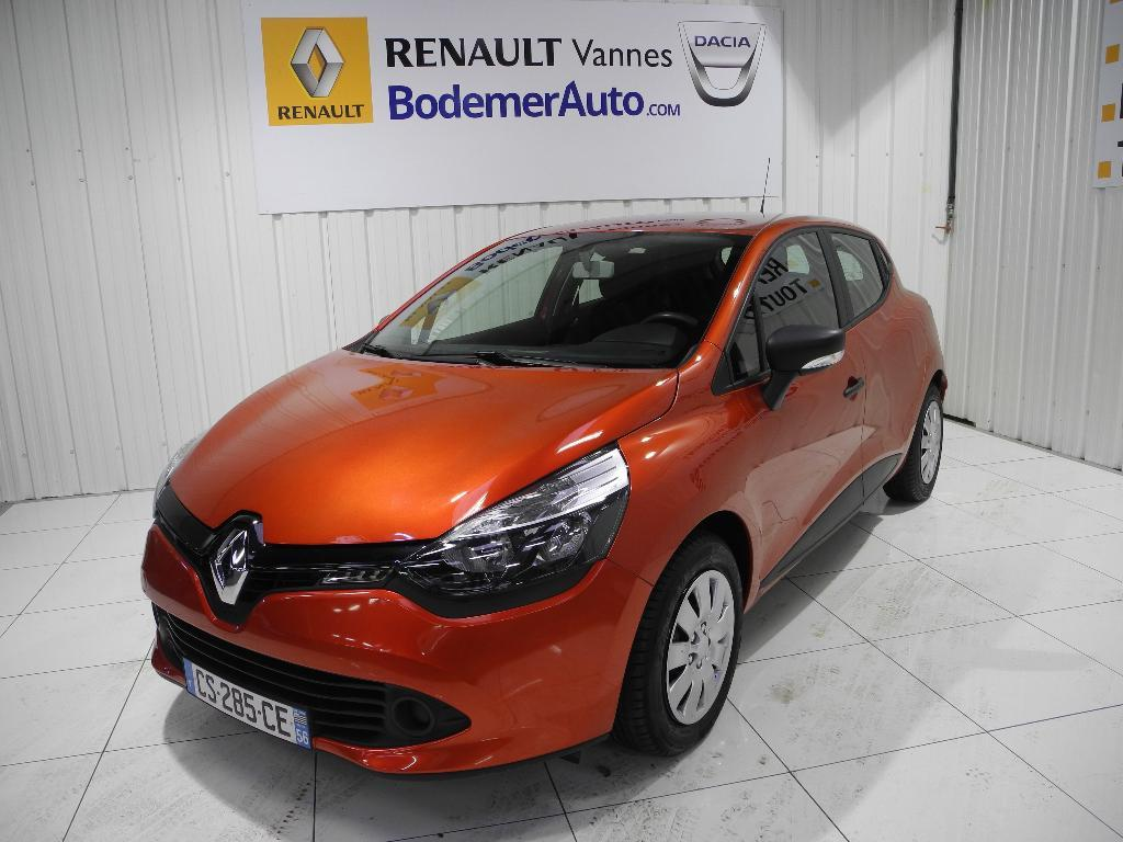 voiture occasion renault clio iv 1 2 16v 75 authentique 2013 essence 56000 vannes morbihan. Black Bedroom Furniture Sets. Home Design Ideas
