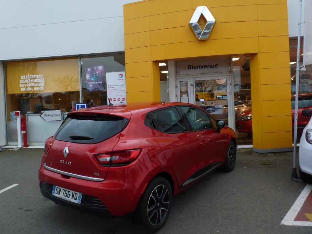 voiture occasion renault clio iv tce 90 energy sl limited e6 2015 essence 22500 paimpol c tes d. Black Bedroom Furniture Sets. Home Design Ideas