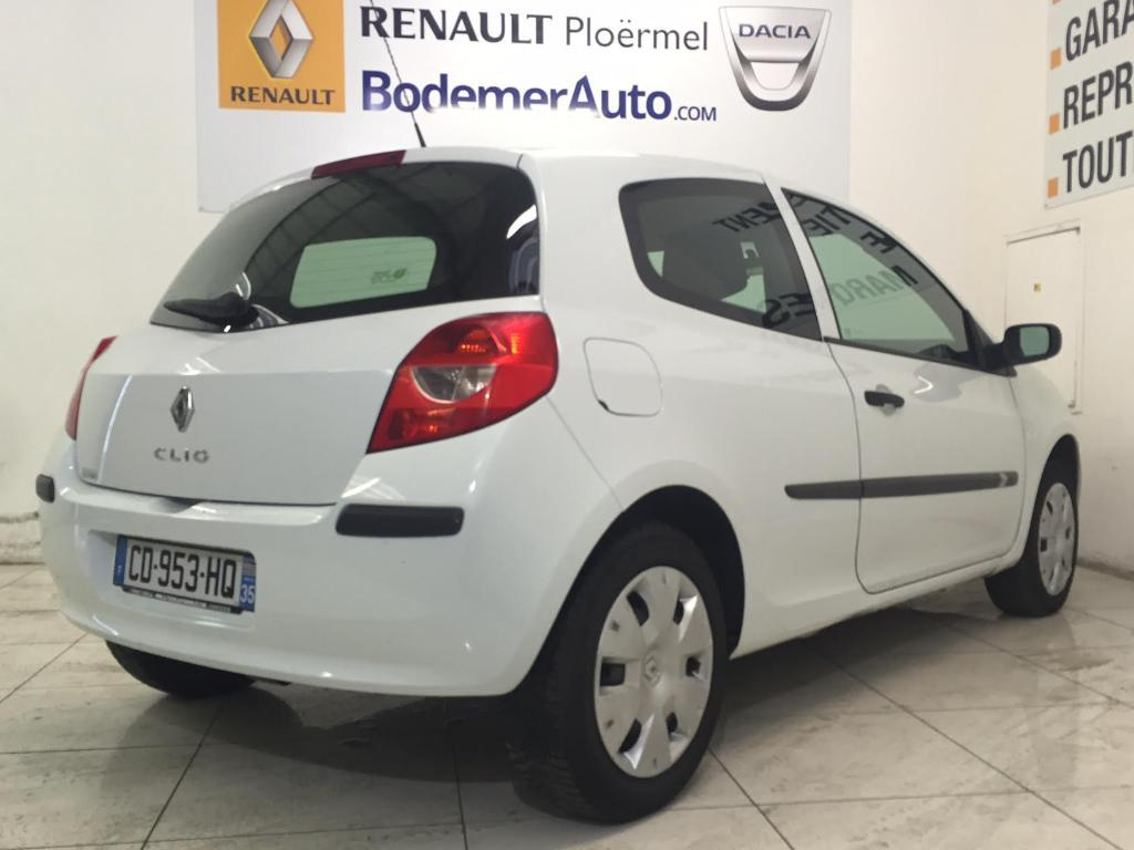 voiture occasion renault clio societe 1 5 dci 70 air 2008. Black Bedroom Furniture Sets. Home Design Ideas