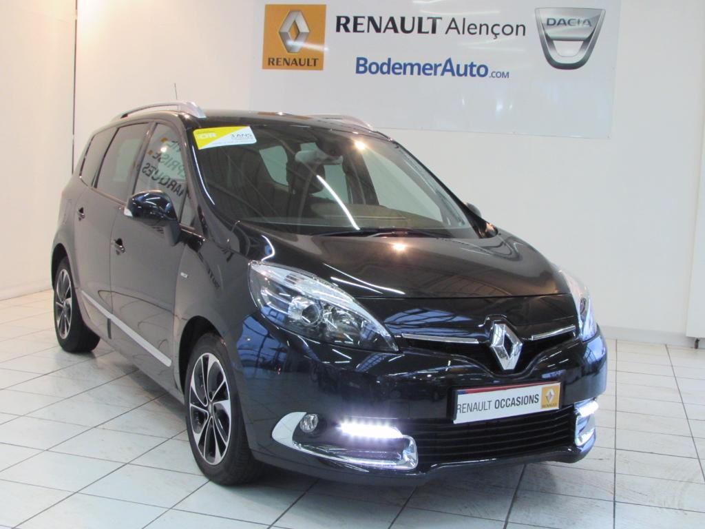 voiture occasion renault grand scenic iii dci 130 energy bose edition 7 pl 2015 diesel 61000. Black Bedroom Furniture Sets. Home Design Ideas